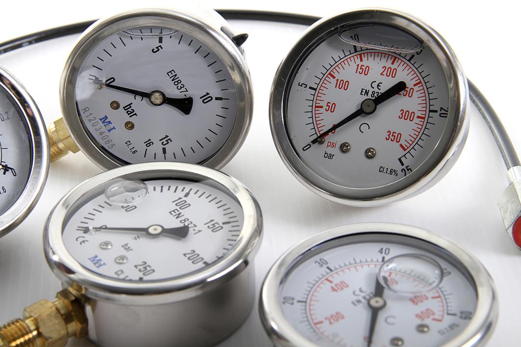 hydrauloc-narbonne-Manomètre-prise-pression-capilaire-03