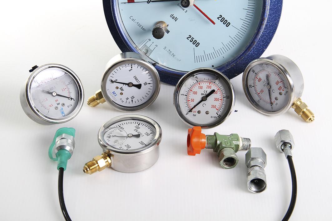 hydrauloc-narbonne-Manomètre-prise-pression-capilaire-01